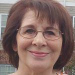Eve Heidi Bine-Stock Profile Picture