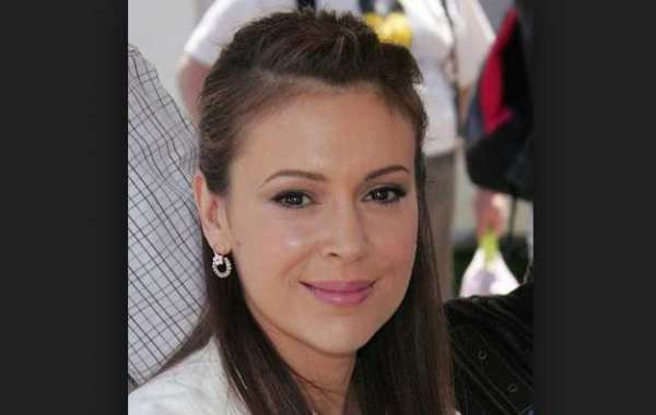 Alyssa Milano's Protest Bombs, Few Hollywood Elites Leave Georgia Over Abortion Ban