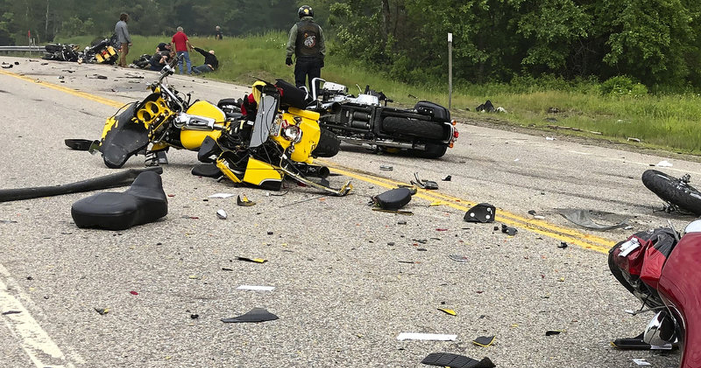 Veterans Radio Indiana: 7 Dead after truck slams into Marines MC members