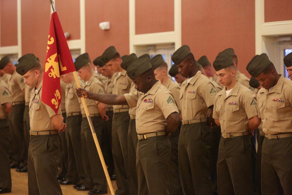 Video: Marines Worship God Singing '10,000 Reasons' - AmericaFirst.win