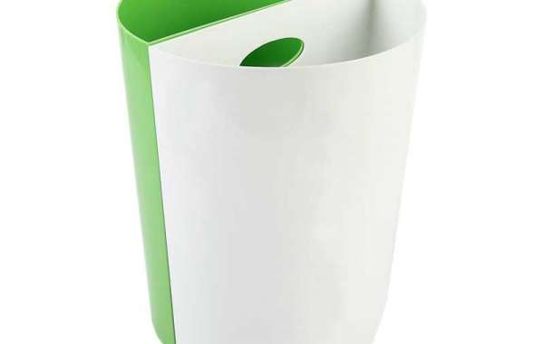 Outstanding Advantages of Bright Plastic Trash Can