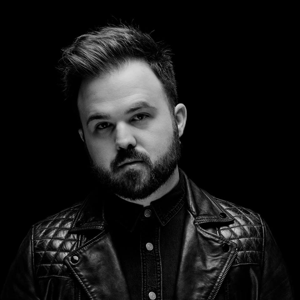 Cody Carnes of Gateway Worship Releases His New Single | God TV