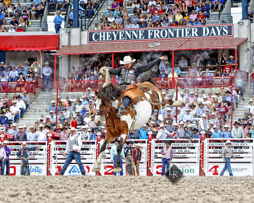 "Buckles defended, a tie-breaker reversed, and breakaway roping at the ""Daddy of 'Em All"" 