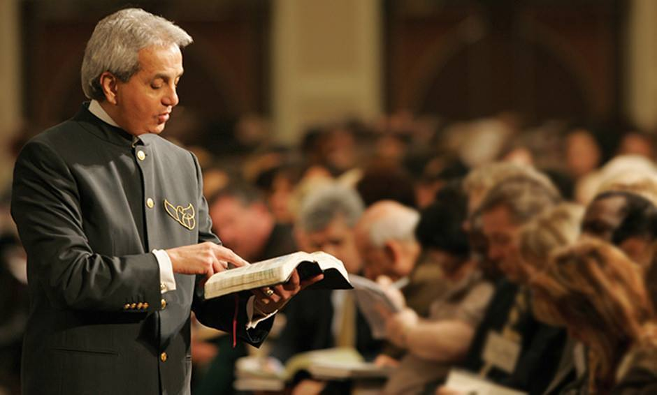 Benny Hinn renounces prosperity gospel, says 'Holy Ghost is just fed up with it' - The Christian Post