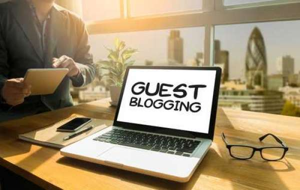 Try Out Guest Blogging Service to Dominate Online Market