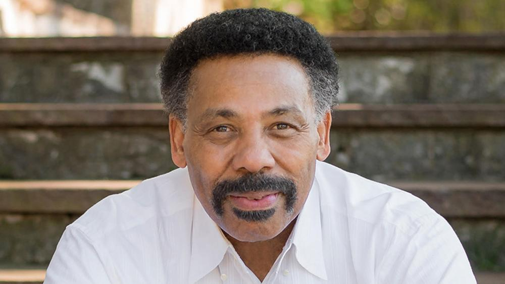 'Please Pray': Tony Evans Shares Wife Lois Needs a Miracle in Her 'Fiery Trial' Cancer Battle