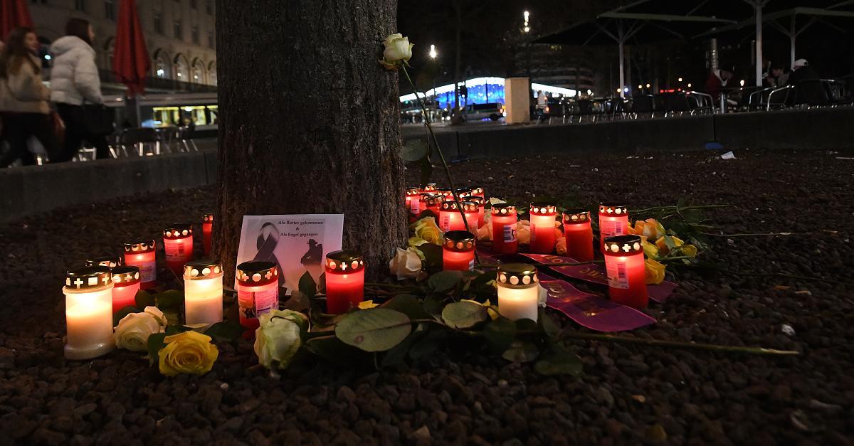 Augsburg fassungslos: Feuerwehrmann nach Weihnachtsmarkt-Besuch totgeschlagen - FOCUS Online