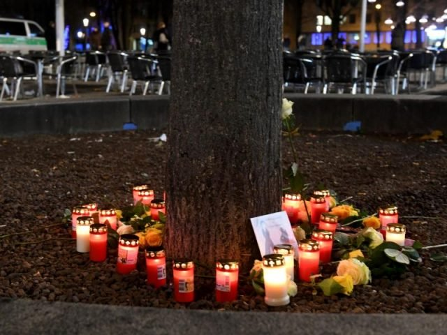 """Augsburg: Zwei Tatverdächtige gefasst – Feuerwehr trauert – """"Als Retter gekommen & Als Engel gegangen. R.I.P."""""""