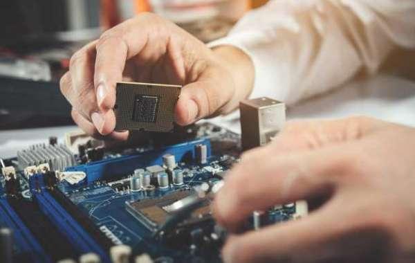 Are computer technicians in demand
