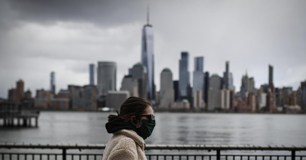 President Trump accuses New York City of inflating its coronavirus death toll - CBS News