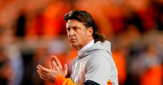 Oklahoma State Coach Mike Gundy Suggests Return to Football Preparations by May 1