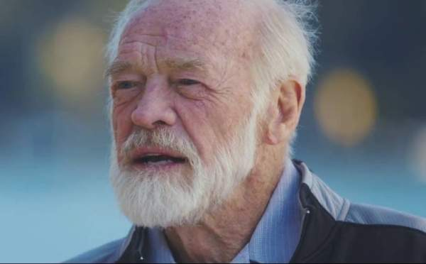 Eugene Peterson (1932 – 2018) Remembering the Writer of the Message Bible   God TV