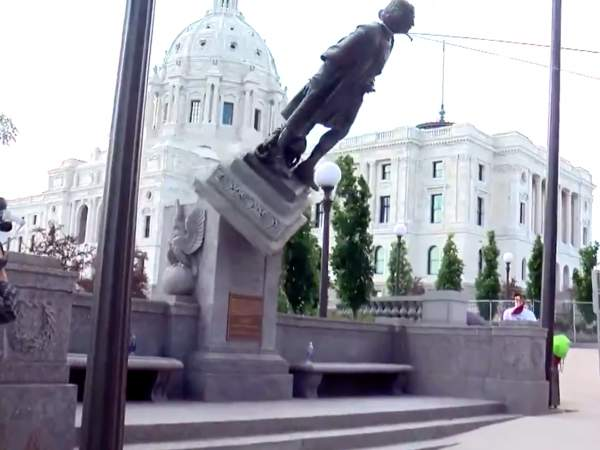 Walz Knew Of Plot To Vandalize Columbus Statue And Did Nothing