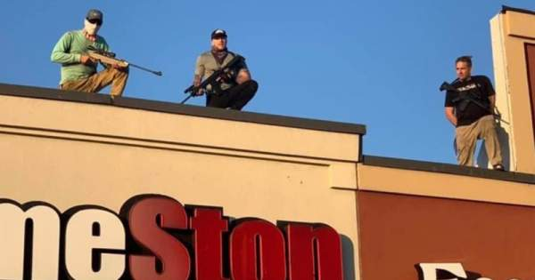 REPORT: Armed 'Rooftop Gamers' Protect Local GameStop From Looters