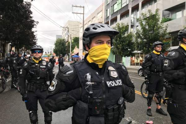 Police Tell Business Owners in Seattle 'You're On Your Own'
