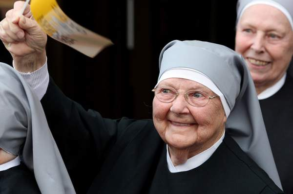 Supreme Court Upholds Trump's Order Protecting Little Sisters From Funding Abortions  |  LifeNews.com