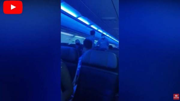 'Black Jesus' Zealot Threatens To Kill Everyone On Board His Flight Unless They Say That Jesus Was Black (Video) ⋆ Conservative Firing Line