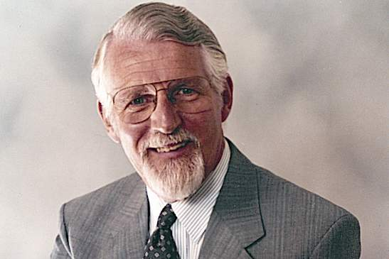 Let's honour the life of David Pawson, one of the world's finest Biblical teachers who has died - UK CHRISTIAN