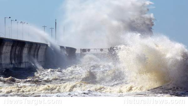 Study: Asteroid hitting the North Atlantic will unleash 400-feet high tsunami to the East Coast – NaturalNews.com