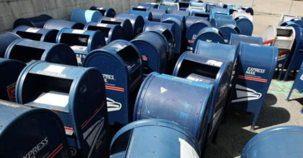 Pollak: Democrats Go Postal with Busted Mailbox Conspiracy Theory