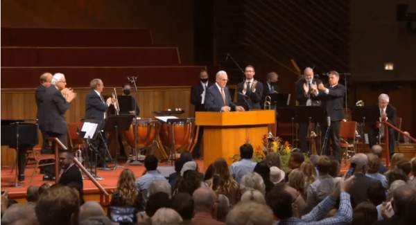 UPDATE: Pastor John MacArthur may face fine and be arrested for holding indoor services