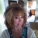 LIz Andrew Profile Picture
