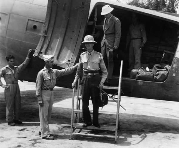 Jonathan Wainwright Hero of Corregidor, Rescued By OSS August 1945