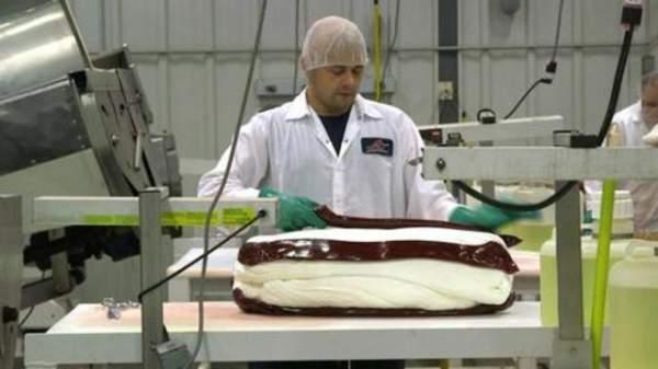 PiedmontCandy Red Bird Made In USA Soft Peppermint Candy