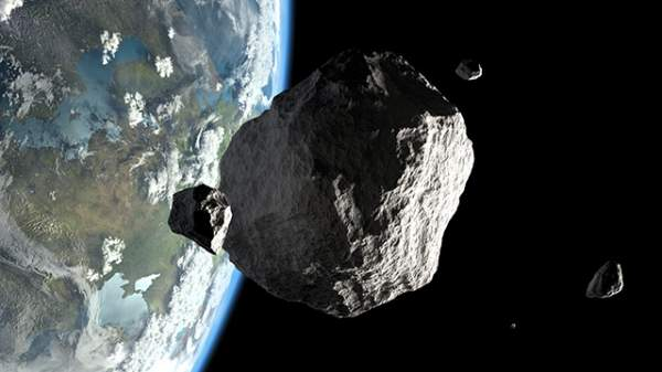 """""""Potentially hazardous"""" asteroid that flew by the Earth last week was discovered by amateur astronomer – NaturalNews.com"""