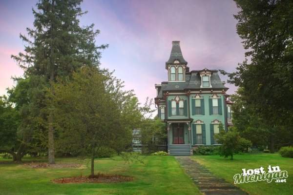 The Davenport House - Lost In Michigan