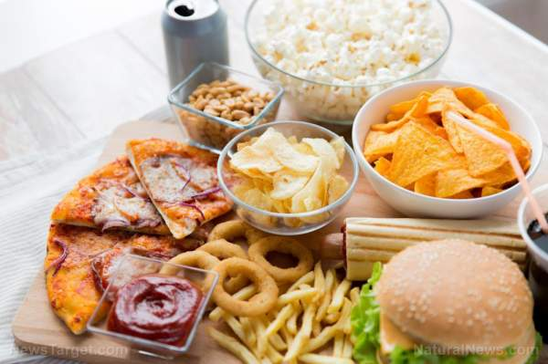 Follow these 9 simple tips to stop binge eating