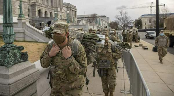 Pics/Vids: 5,000 Nat'l Guard troops kicked out of Capitol, packed into parking garage after Biden inauguration | American Military NewsAmerican Military News