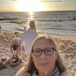 Sue Saunders Profile Picture
