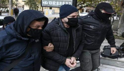 Pro-Migrationsaktivist wegen sexuellen Missbrauch verhaftet