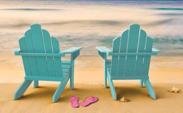 It's time to get some sand between your toes! Yes, we can dream of an end to Lockdown and that beach holiday... - UK CHRISTIAN