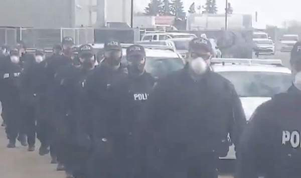 """""""The Shock Troops Are Coming!"""" – 200 Heavily-Armed Canadian Police Deployed to Edmonton Church to Harass Christians - Conservative News & Right Wing News 