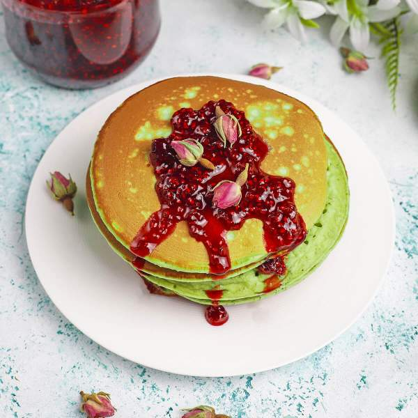 Matcha Pancakes | EveryVeganRecipe.com - 100% Plant-Based Recipes for All People
