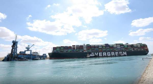 Container ship getting stuck Causes 64% of manufacturing to bring production back to North America