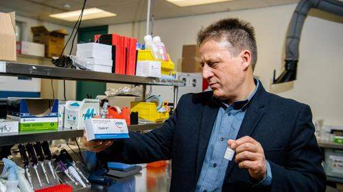 "Virologists Say Genetic ""Fingerprints"" Prove COVID-19 Man-Made, 'No Credible Natural Ancestor' | ZeroHedge"