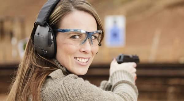 Guns Save Lives - Five Attack Man & Wife - He Draws Handgun & Shoots Attackers