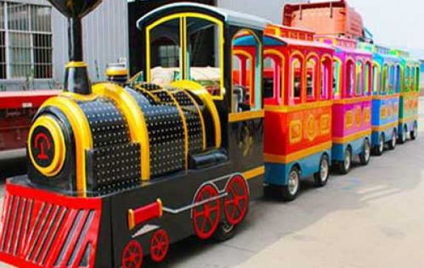 Benefits and Tips For Buying Theme Park Trains