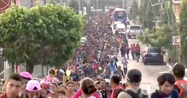 '100,000 migrants' headed to U.S., 52 detained for al-Qaida ties