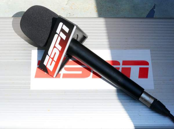 Uncancelled: ESPN Reporter Ousted for Refusing Tyranny Finds New Home with Conservative Media ⋆ Flag And Cross